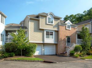 townhouse, long hill real estate